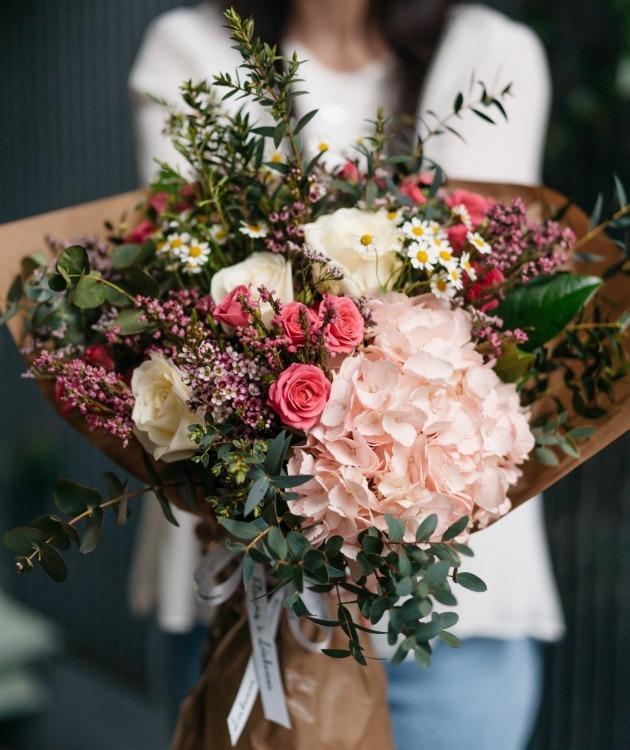 Fleurs à Lisbonne - Ramo de Hortense e Rosas de Santa Teresinha 5