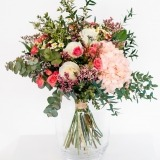 Fleurs à Lisbonne - Ramo de Hortense e Rosas de Santa Teresinha 2 Thumb