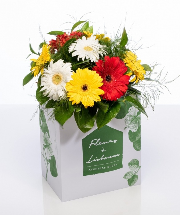 Fleurs à Lisbonne - Ramo de Gerberas em Tons Quentes 1