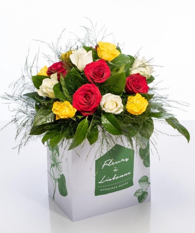 Fleurs à Lisbonne - Ramo de rosas MIX 1