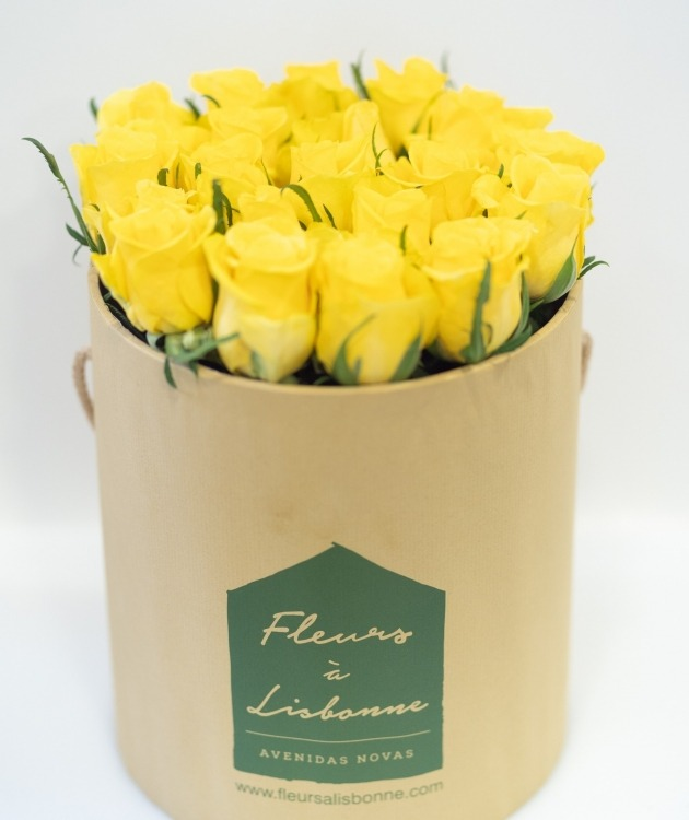 Fleurs à Lisbonne - Caixa Alta de Rosas Amarelas 3