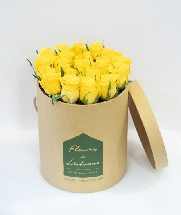 Fleurs à Lisbonne - Caixa Alta de Rosas Amarelas 1