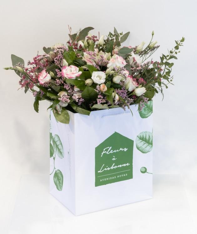 Fleurs à Lisbonne - Ramo de Lisianthus cor de Rosa e Brancos 1