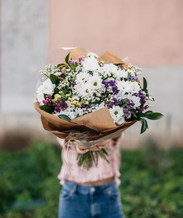 Fleurs à Lisbonne - Ramo de Margaridas Campestre 13
