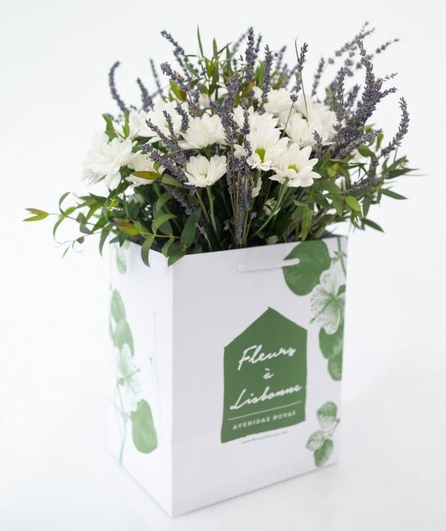 Fleurs à Lisbonne - Ramo de Margaridas e Lavanda 1
