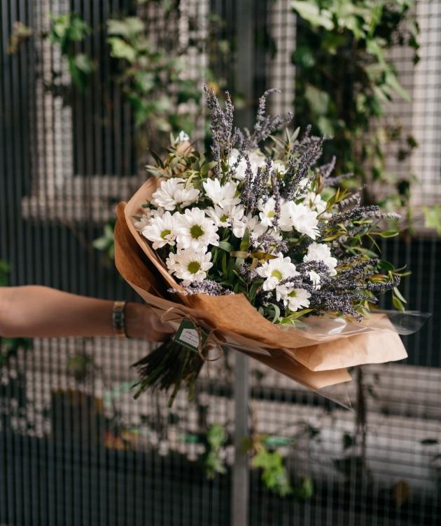 Fleurs à Lisbonne - Ramo de Margaridas e Lavanda 6