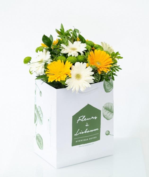 Fleurs à Lisbonne - Ramo de Gerberas Amarelas e Brancas 2