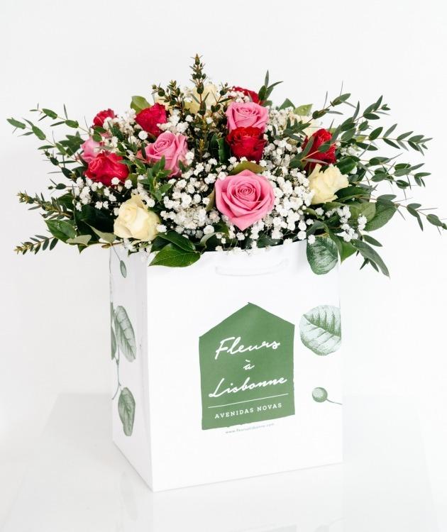 Fleurs à Lisbonne - Ramo Mix de Rosas Cor de Rosa 1