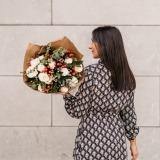 Fleurs à Lisbonne - Ramo de Rosas Brancas Campestre Premium 8 Thumb