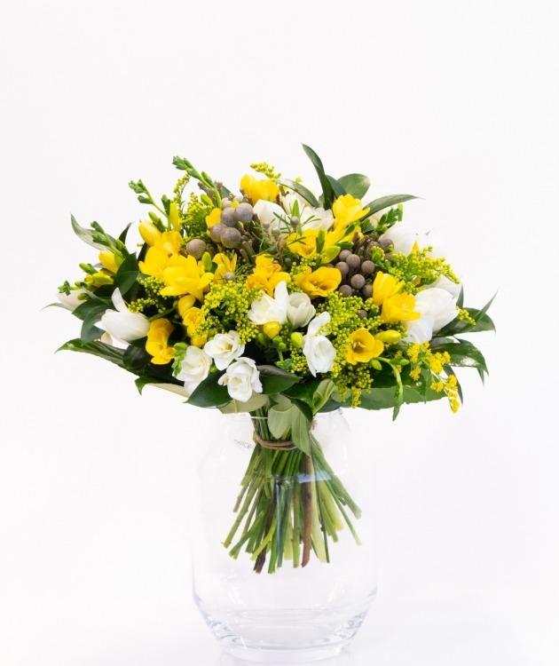 Fleurs à Lisbonne - Ramo de Frésias Amarelas e Brancas 2