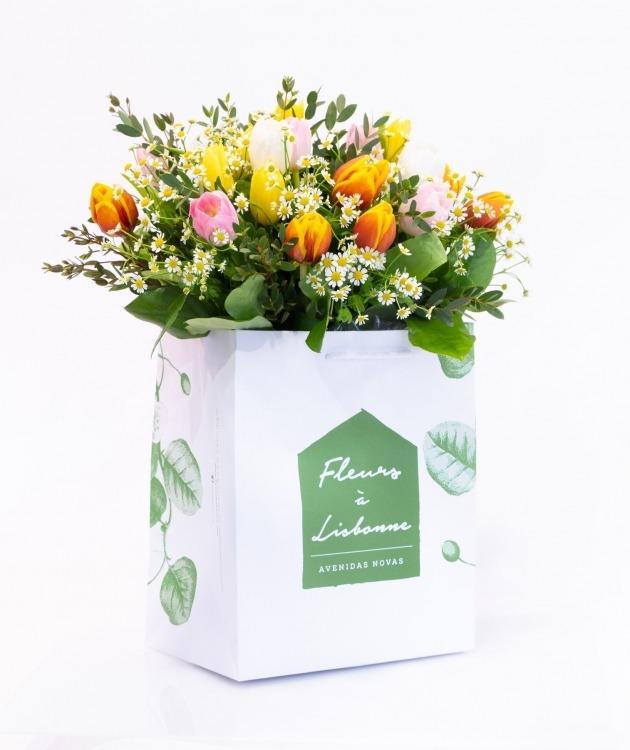 Fleurs à Lisbonne - Ramo de Tulipas Campestre 1