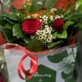 Fleurs à Lisbonne - Bouquet Rosas e Flor de Cera 1 Thumb