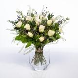 Fleurs à Lisbonne - Ramo de flores campestre de Rosas Brancas 2 Thumb