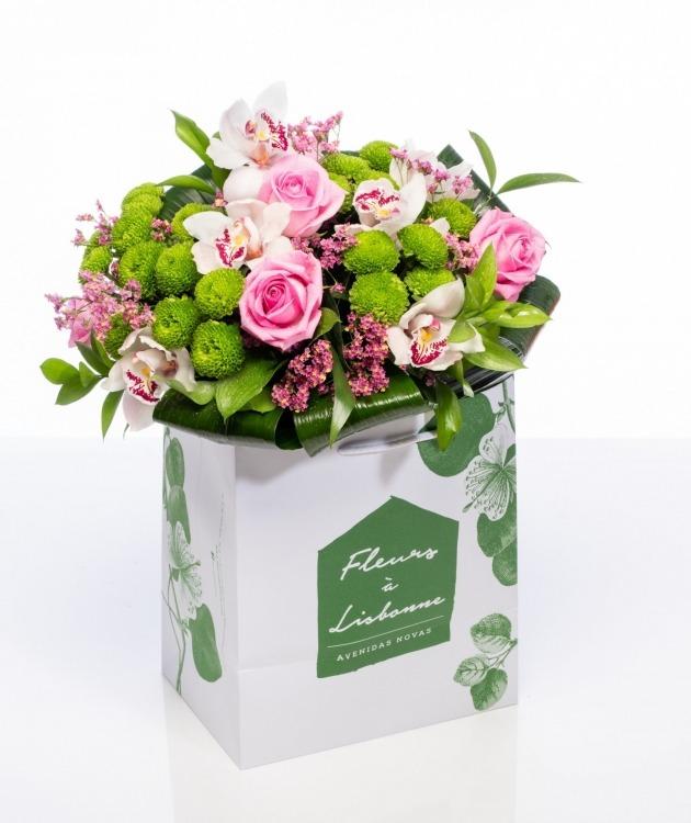 Fleurs à Lisbonne - Ramo de Rosas e Orquídeas 1