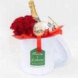 Fleurs à Lisbonne - Caixa de Rosas Vermelhas e Chocolates 1 Thumb