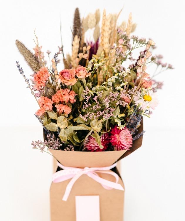 Fleurs à Lisbonne - Caixa de Flores Secas Cor de Rosa 2
