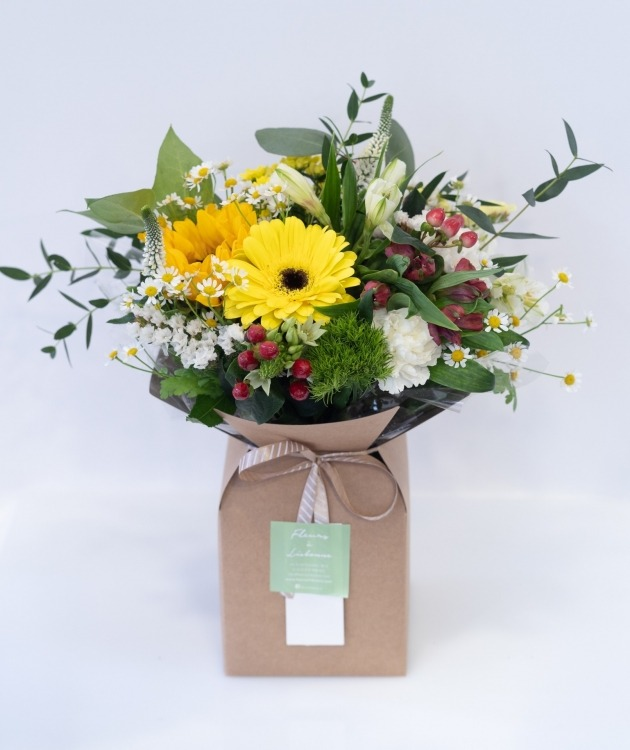 Fleurs à Lisbonne - Caixa de Flores Campestres Amarelas 1