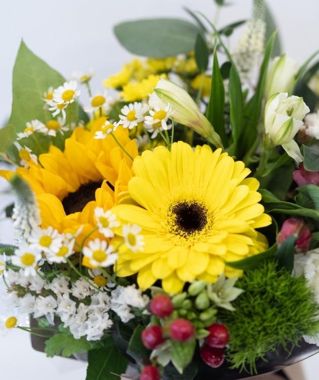 Fleurs à Lisbonne - Caixa de Flores Campestres Amarelas 5