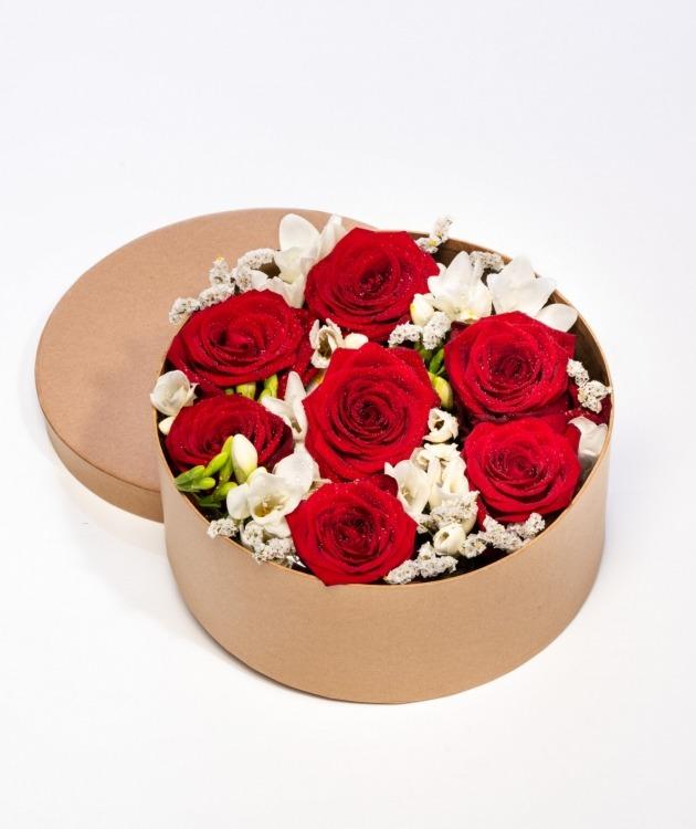 Fleurs à Lisbonne - Caixa de Rosas Vermelhas 1